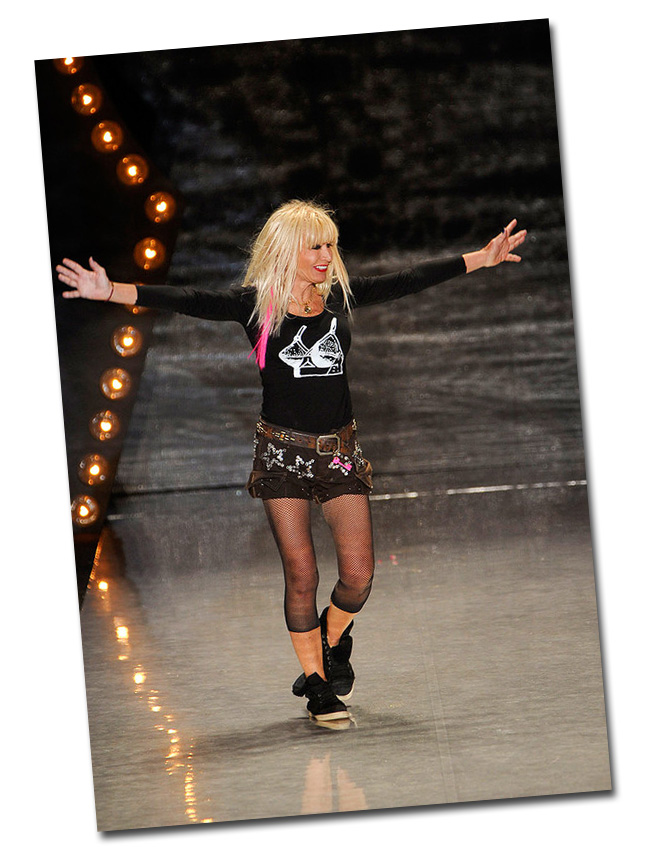 Betsey Johnson Desfile Verão 2012 NYFW - New York Fashion Week