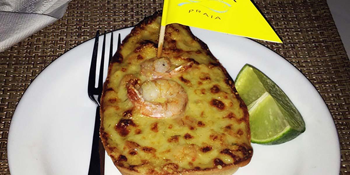 Dica de restaurante em Ilhabela. Conheça o Viana e sua famosa casquinha de camarão, na seção de lifestyle do Oh My Closet!