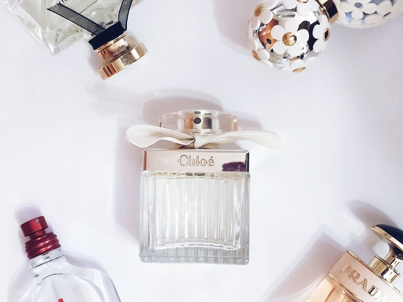 O top 5 dos perfumes importados preferidos da Mônica Araújo está no ar. Corram pro OMC!