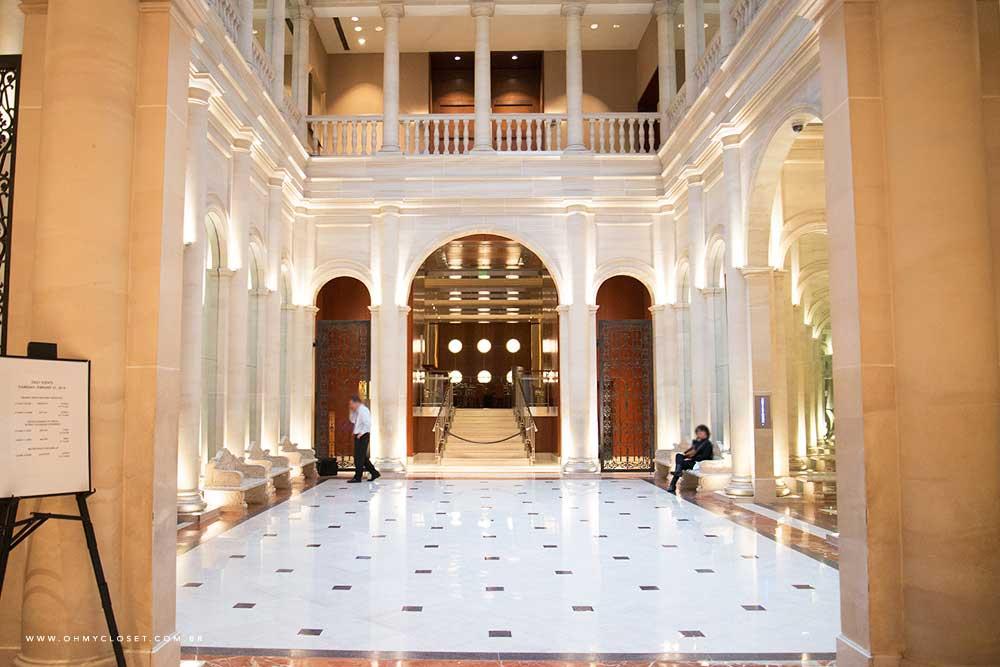 Hall de entrada do hotel Parker New York.