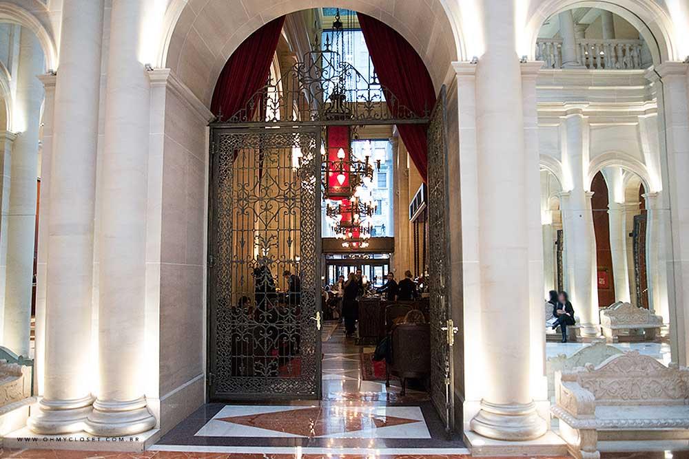 Salão de Jantar dentro do hotel Parker New York.