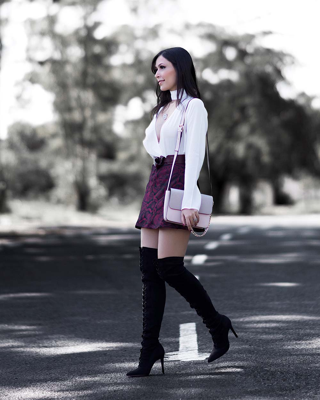 Mônica Araújo veste tendências do inverno 2017 da Amaro.