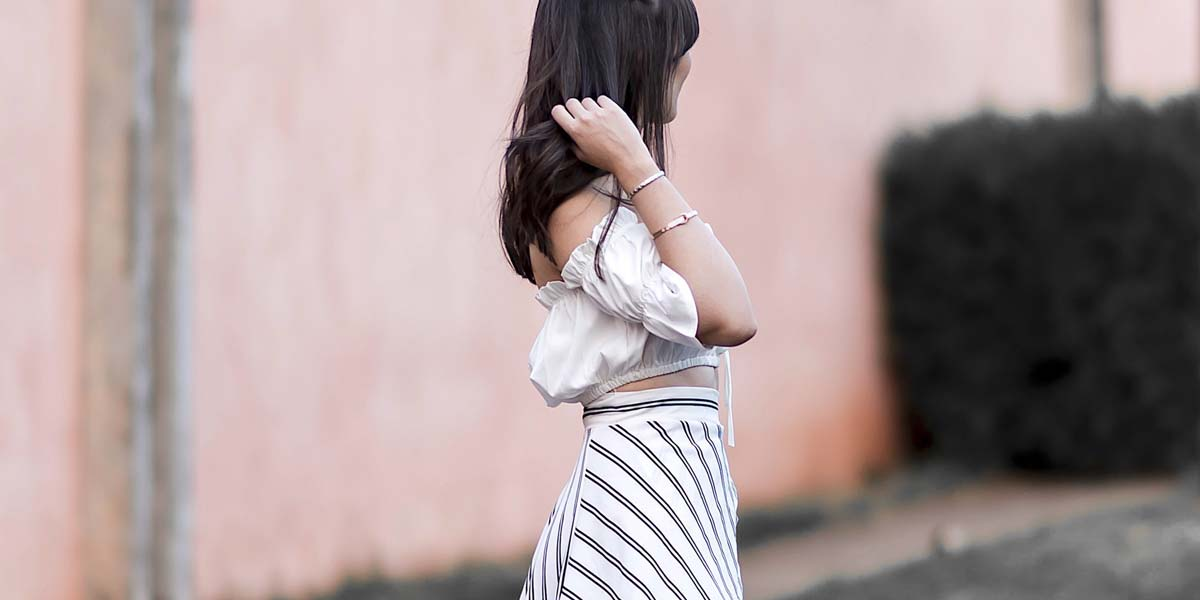 Look com as tendências do verão 2018 por Mônica Araújo.