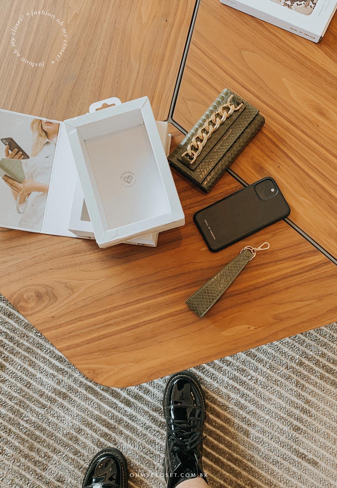 Bolsa para celular e cartões com capinha magnética para iPhone