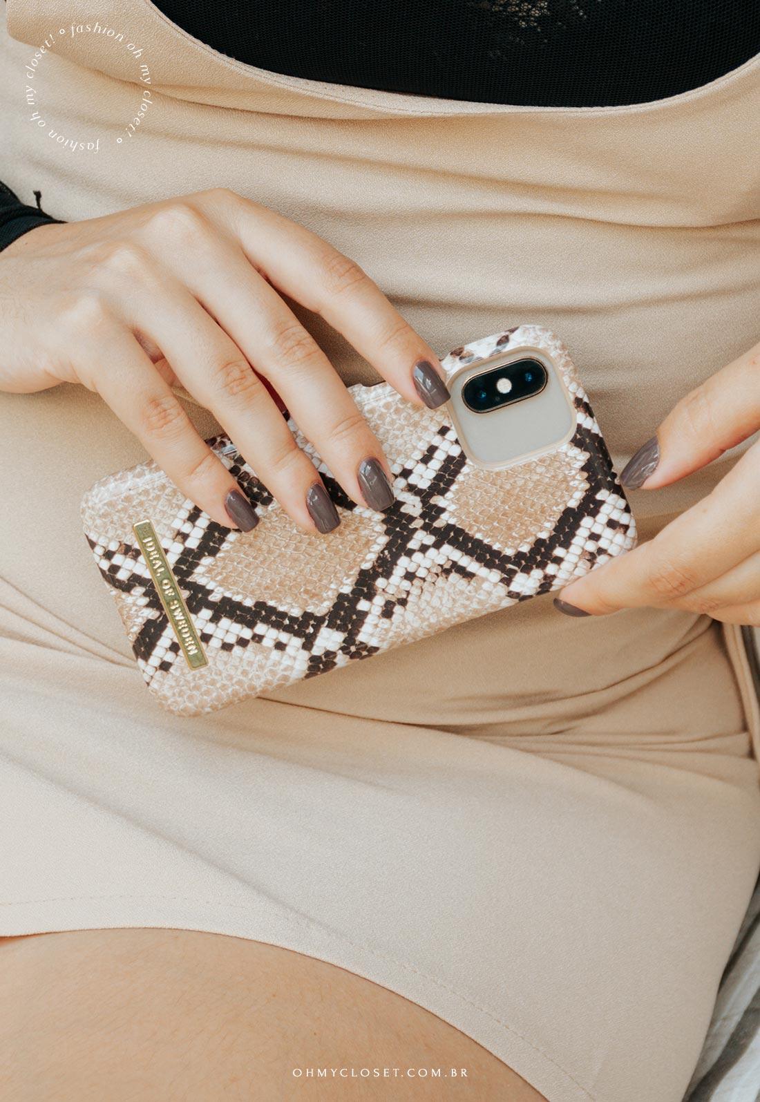 Case premium para iPhone estampa de cobra, IDEAL OF SWEDEN