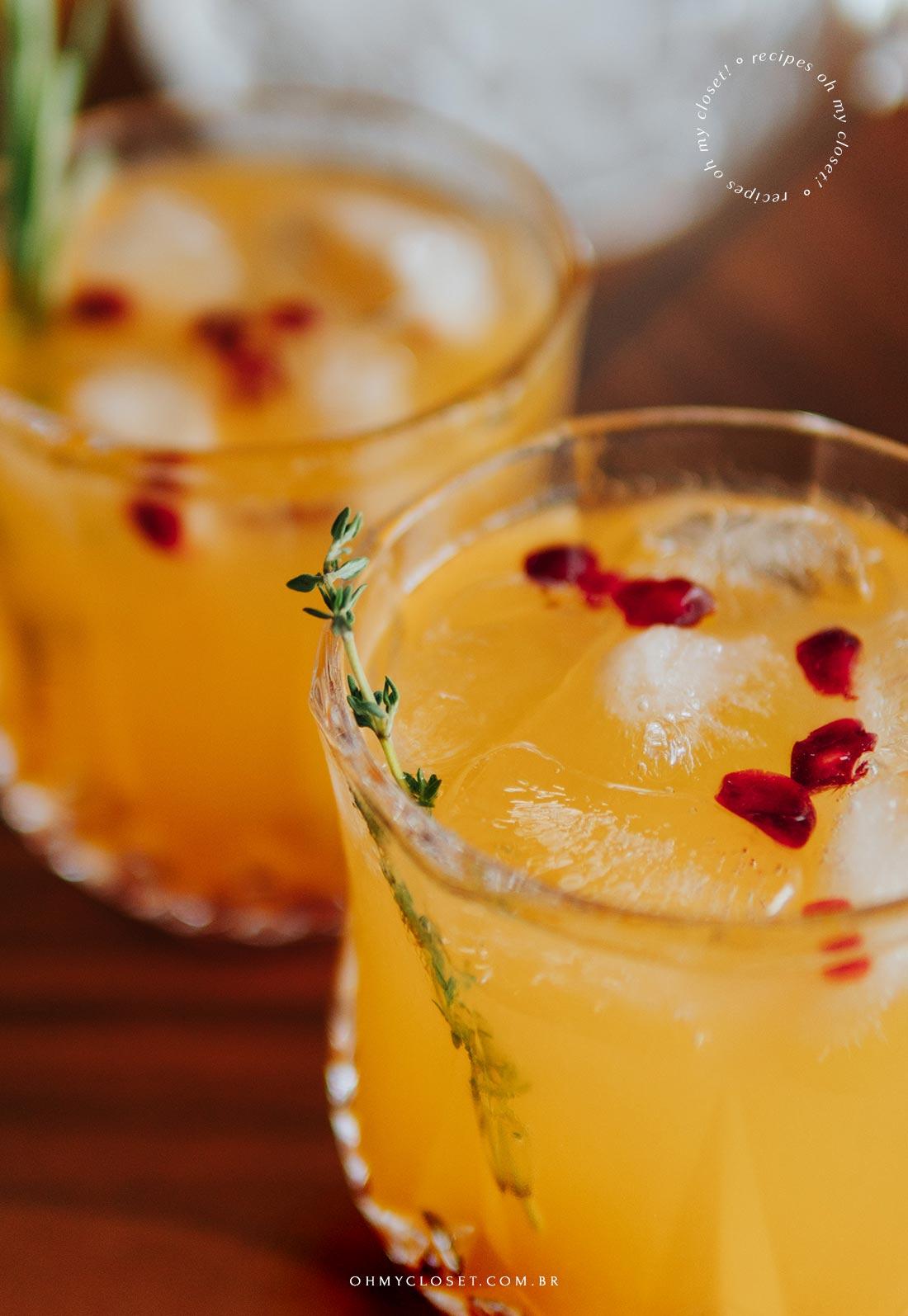 Drinque cítrico para fim de ano, base de tangerina e vodcaa.