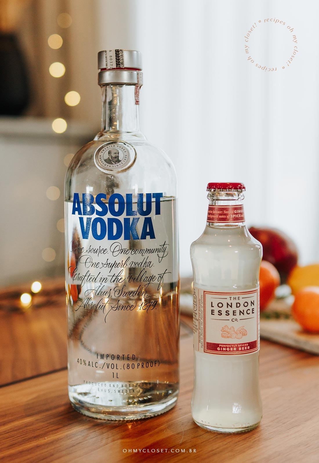 Ingrediente para drink cítrico, vodka Absolut e ginger beer London Essence.