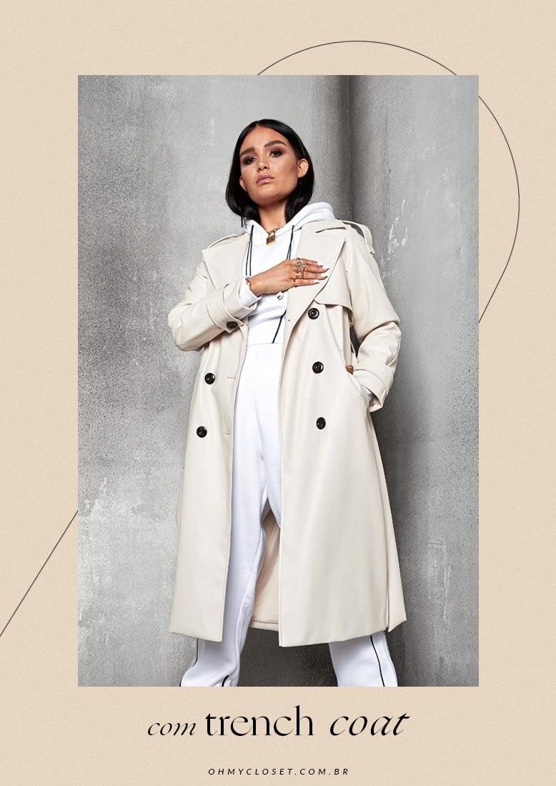 Como usar loungewear com casaco trench coat.
