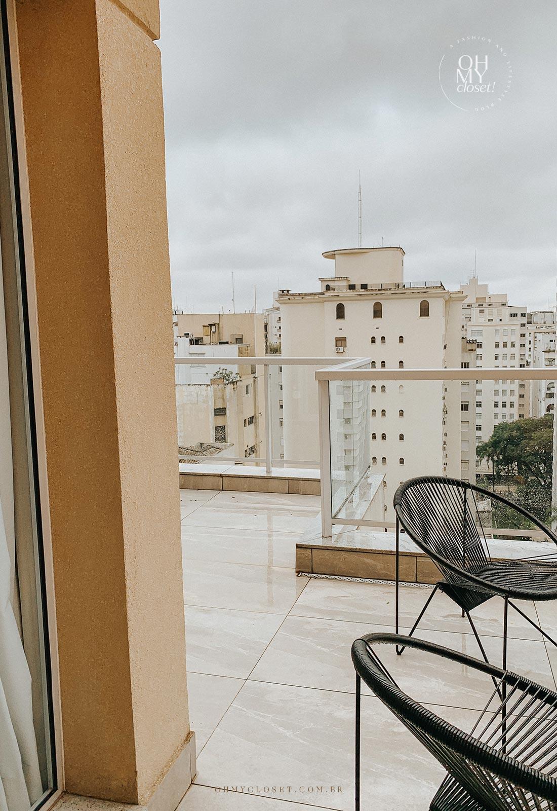 Outro ângulo do terraço apartamento duplex em São Paulo.