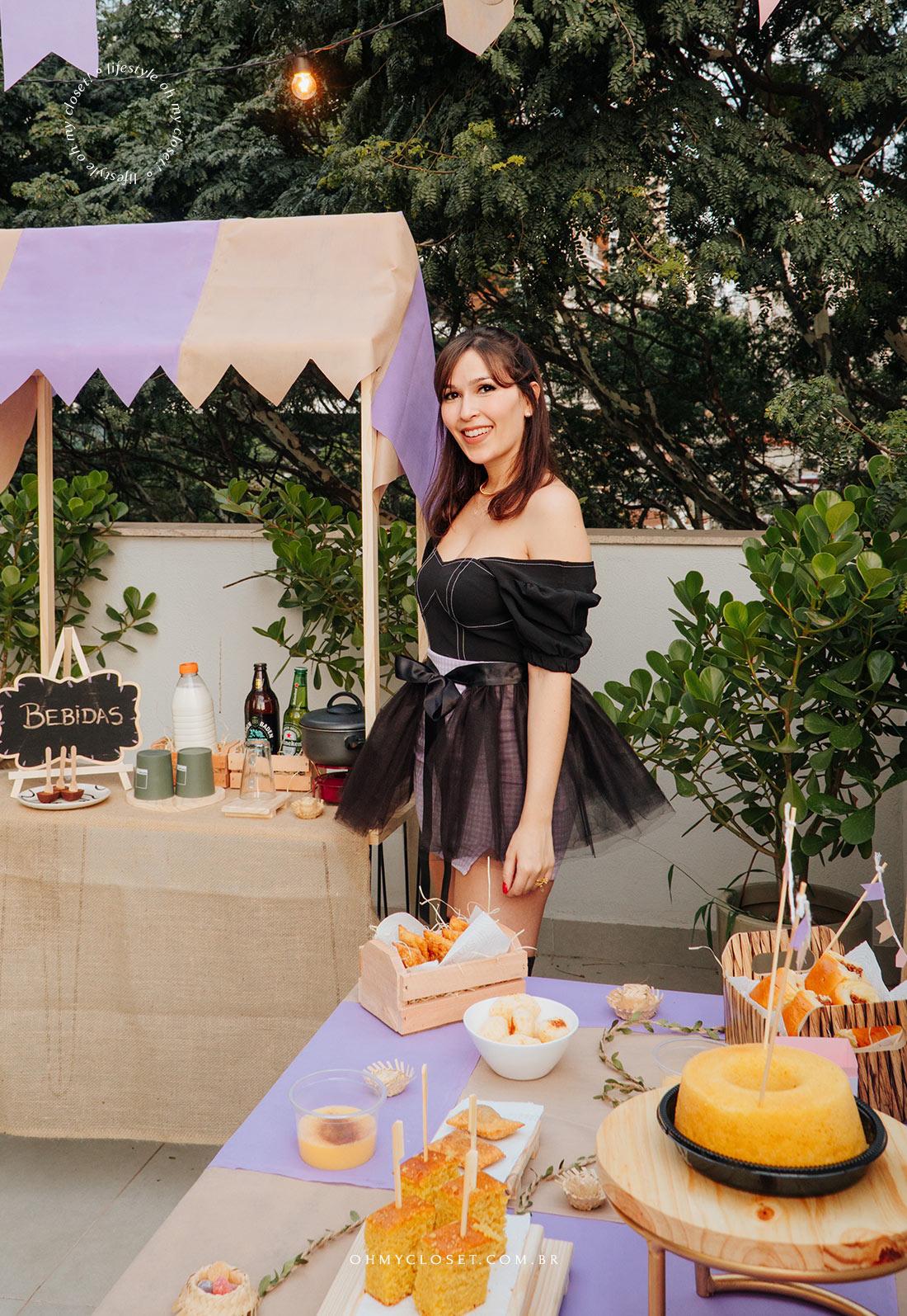 Look Monica Almeida festa junina em casa