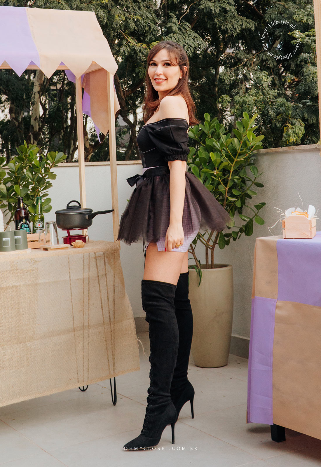 Outro angulo do look com saia de tule preta, feita em casa, para festa junina. by Monica Almeida