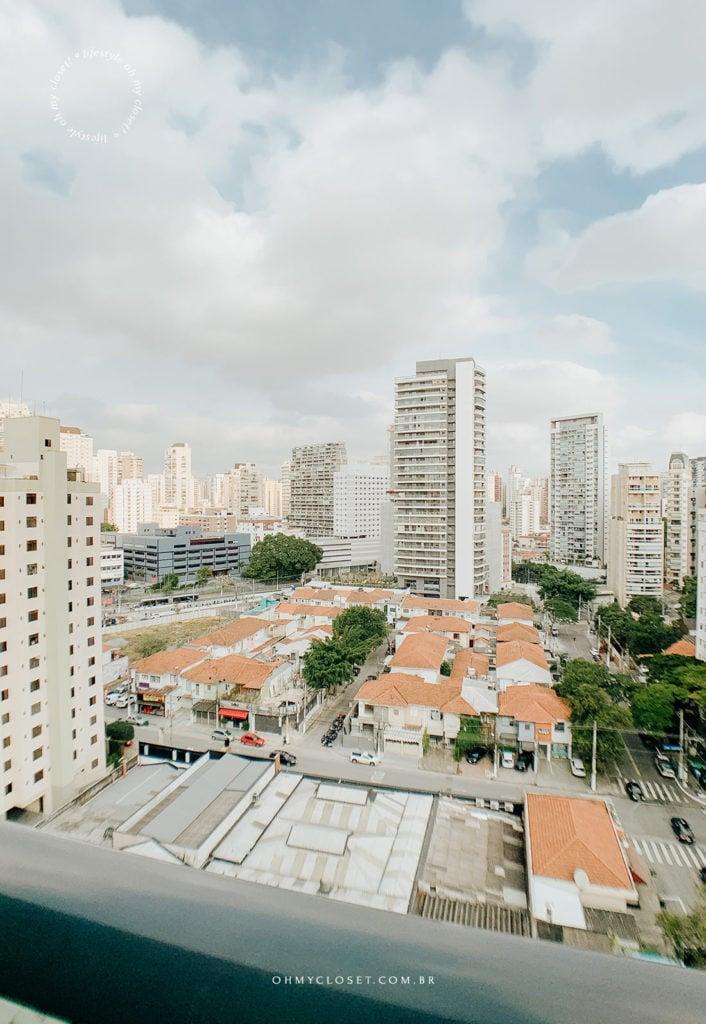 Vista da sacada décimo andar Itaim Bibi São Paulo.